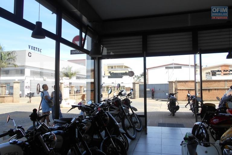 A louer un local commercial de 58m2 à Alarobia Antananarivo