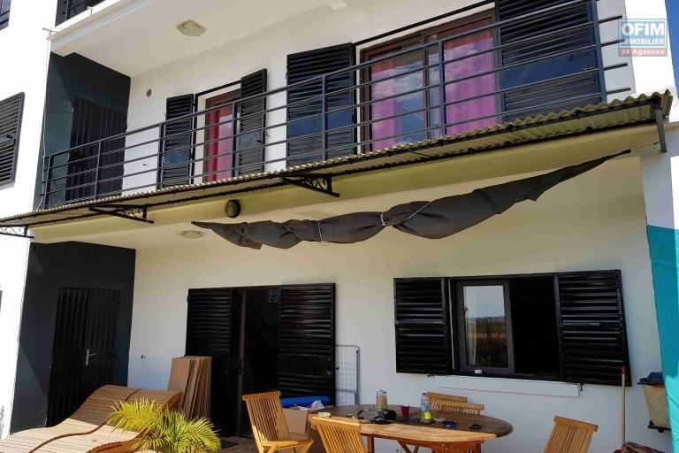 OFIM met à la location une villa à étage de type F6 à Ambatobe Masinandriana.Elle est à moins de 10min du Lycée Français