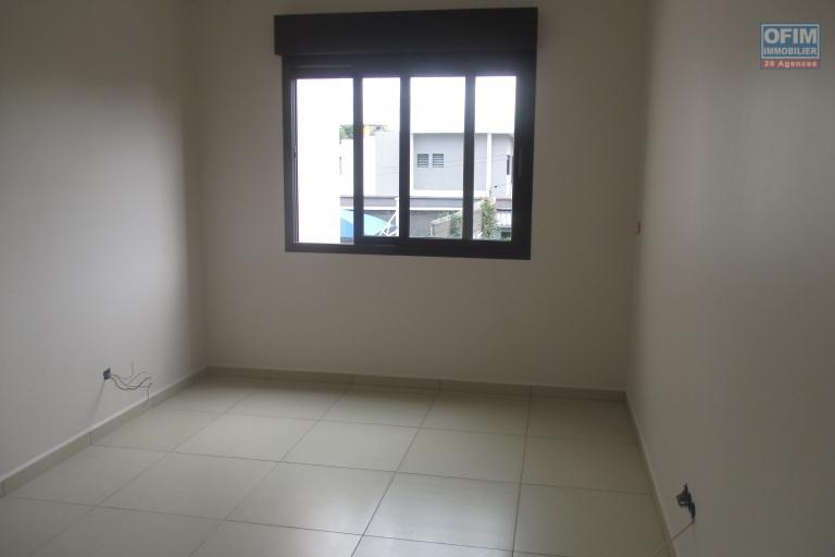 Un appartement de type T3 neuf dans une résidence sécurisée 24H/24 avec piscine à Ivandry