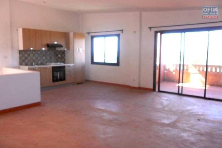 A louer appartement F4 en duplex dans une résidence avec piscine à Ankatso  Antananarivo