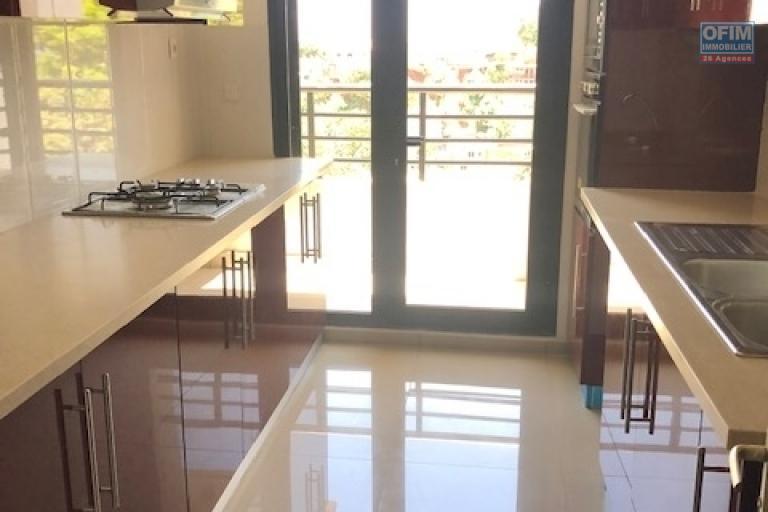 A vendre belle appartement T3 neuf proche centre ville