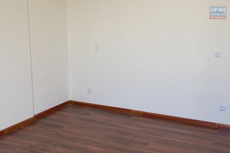 A vendre bel appartement T4 neuf avec une très belle vue à Tsiadana proche du centre viile