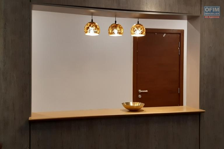 A vendre, bel appartement T3 neuf de 104 m2 avec vue imprenable sur la Haute ville- Antananarivo