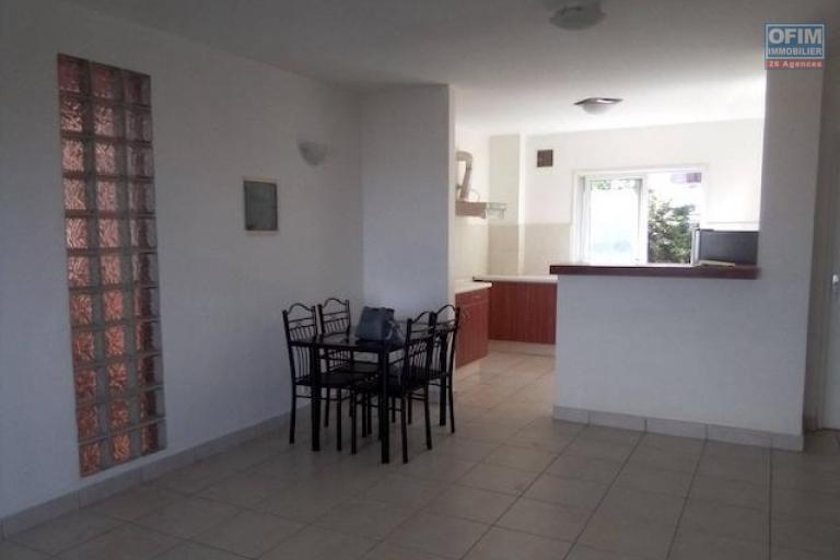 A louer un appartement T3 avec piscine dans un endroit calme et sécurisé à Tsimbazaza