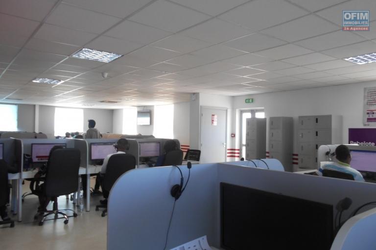 Des bureaux de 464m2 sur 3 niveaux à Andraharo