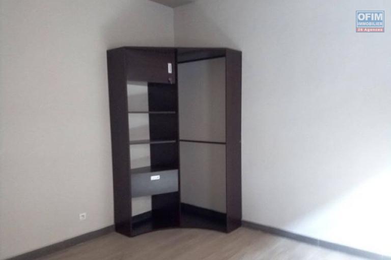 A louer des appartements neufs T4 de haut standing dans un quartier résidentiel et facile d'accès à Antanetibe Ivato