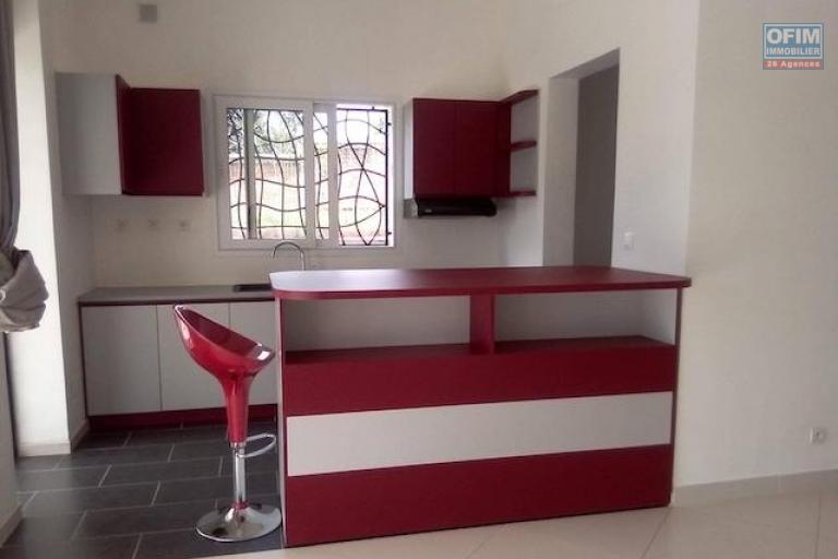 A louer des appartements neufs de hauts standing T4 dans un endroit calme et résidentiel à Maibahoaka Ivato
