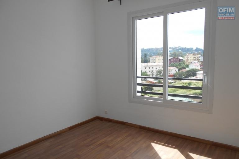 Un appartement T3 à Ambohimiandra
