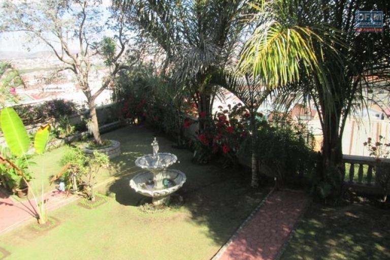 Une villa F5 avec une belle vue à Fort Voyron