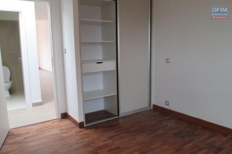 Un appartement T3 à Ambodivona