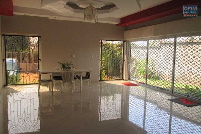 Un appartement T4 sécurisé à Androhibe Antananarivo