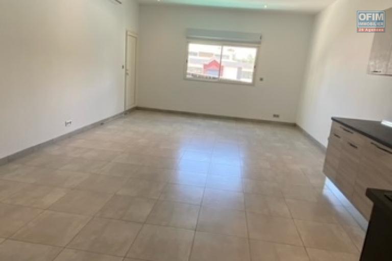 Un appartement T2 neuf à Ambatobe