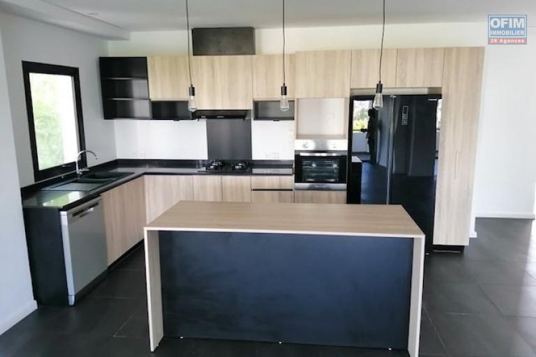 A louer des appartements neufs de haut standing T4 dans un endroit résidentiel à Ivandry