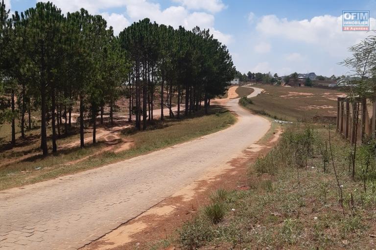 Terrain de 2132  M2 à 15 min du lycée français, Manazary Ilafy- Antananarivo