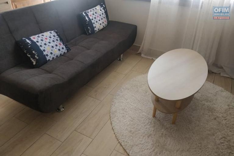 A louer un appartement neuf meublé T2 dans une résidence sécurisée et à 5 minutes de l'aéroport d'Ivato