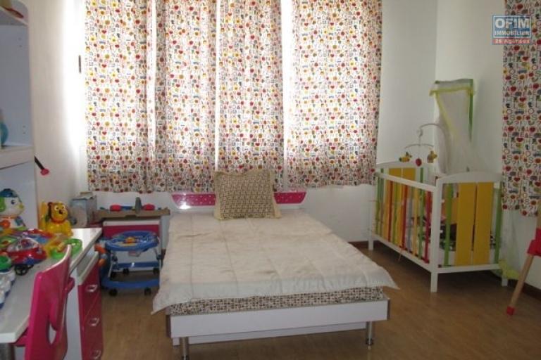 A louer, somptueuse villa F4 meublé, Ambohimahitsy