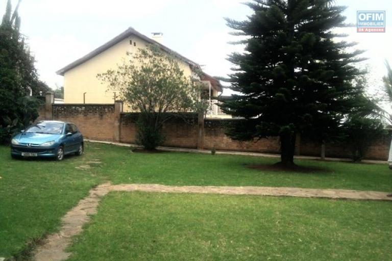 A louer villa F6 proche centre ville Ambatoroka Tananarive