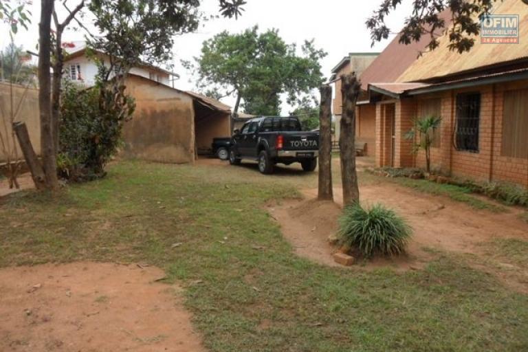 A vendre villa F6 à andohan mandroseza - facade