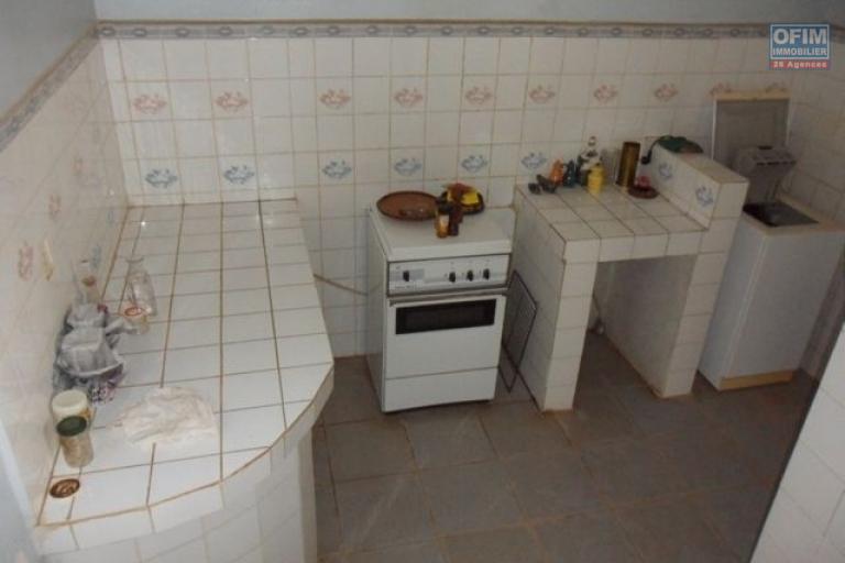 A vendre villa F6 à andohan mandroseza - cuisine