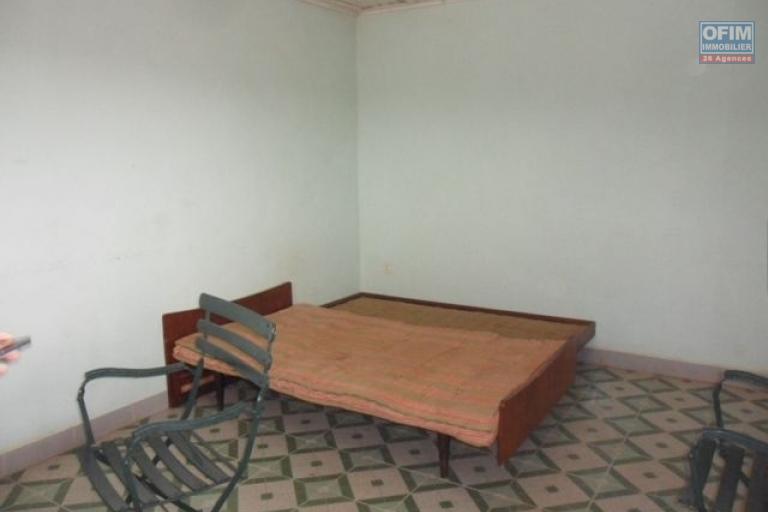 A vendre villa F6 à andohan mandroseza - chambre