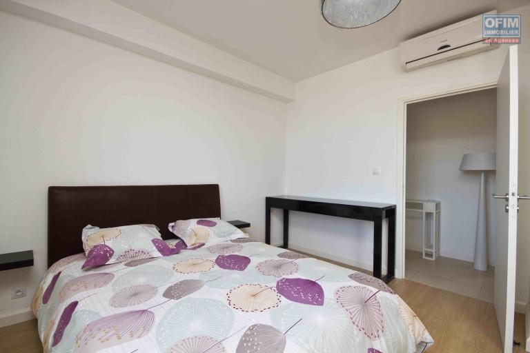 A vendre magnifique avec une vue panoramique  appartement T4  proche du Lycée français de Tananarive - chambre