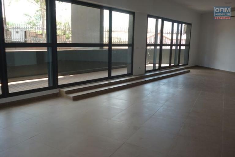 A louer un local de 80m2 à usage professionnel à Ivandry Antananarivo
