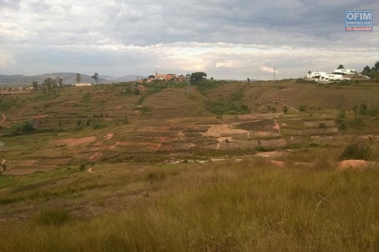 Terrain à vendre de 22 078 m2 à Ilafy Andempombe prés Résidence Panoramique Ambatobe