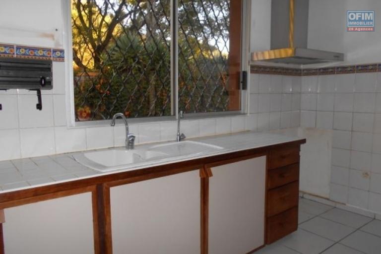 A louer une villa F5 dans un domaine à Ilafy Antananarivo
