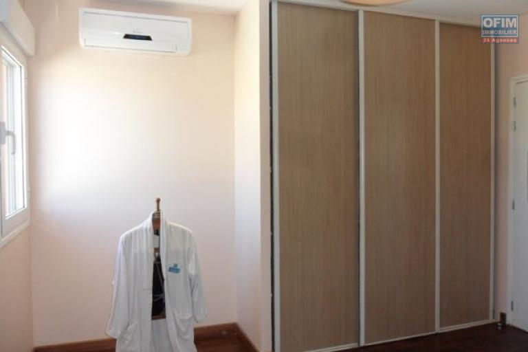 A vendre appartement neuf ultra comptemporain avec un spa , salle de sport / fitness ,  piscine chauffée et couverte ... - chambre