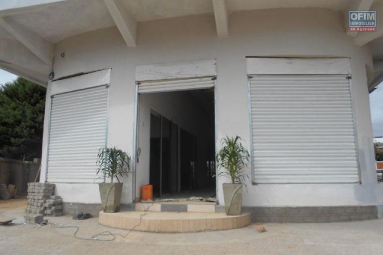 A louer des locaux à usage commercial et professionnel dans une galerie flambant neuf à Ampandrana Antananrivo