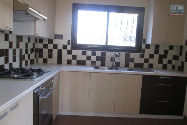 A louer, un appartement T3 neuf dans un quartier calme, proche du centre ville à Aarobia- Antananarivo