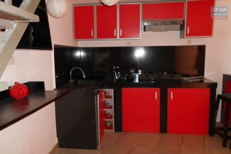 A louer un appartement T2 meublé et équipé à Ambatobe à 3mn du Lycée Français