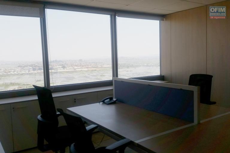 Des plateaux de 660m2 de bureau au sein de la TOUR à Ankorondrano divisible en 2