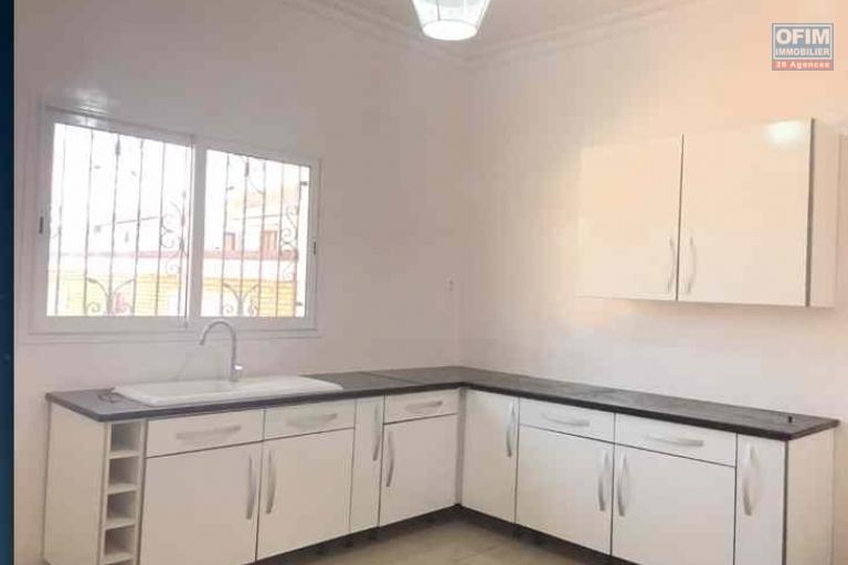 A louer, trois appartements T4 neufs à Alasoara - Antananarivo