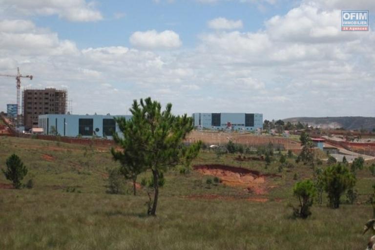 A vendre terrain de 3627 m2  pres Complexe sportif CNAPS  sis a Manarintsoa Vontovorona