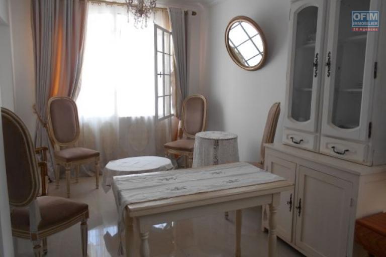 A louer un studio meublé et équipé à 10mn du centre ville à Tsiadana Antananarivo