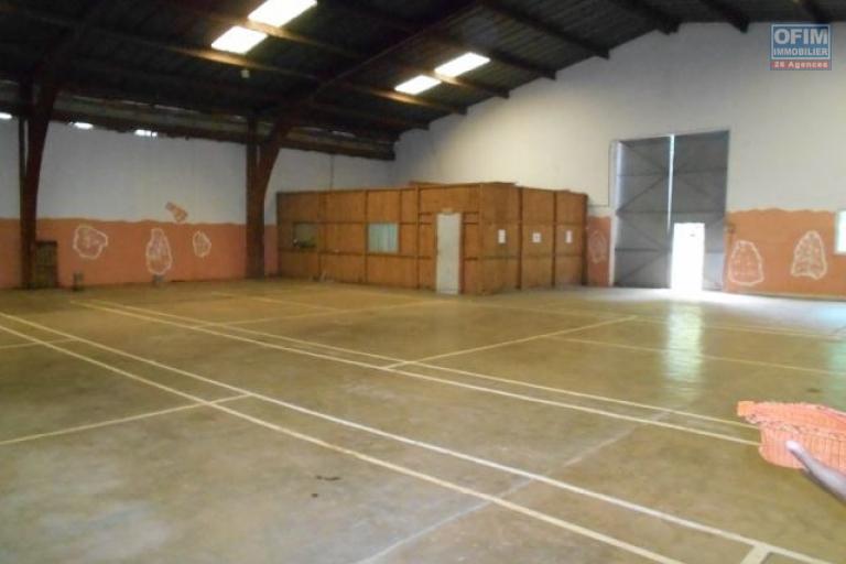 A louer un entrepôt de 1000m2 dans une enceinte sécurisée à Tanjombato Antananarivo