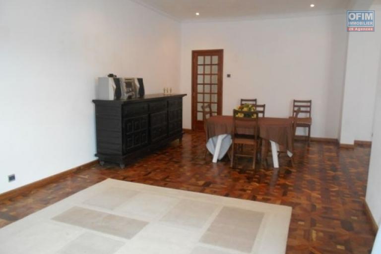 A louer une villa F5 neuve plein pied à Maibahoaka Ivato Antananarivo