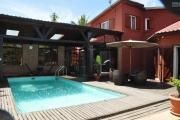 A vendre  villa F5 avec piscine à Mandrosoa Ivato sur 200M2 de surface habitable