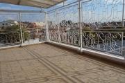 A louer une villa F8 à Analamahitsy dans un quartier calme à Analamahitsy Antananarivo