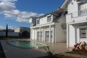 A louer une villa de type F6 avec piscine à Ambohinambo Talatamaty Antananarivo
