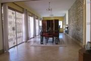 A vendre une villa F6 en plein centre ville, sur Mausolée-Antananarivo