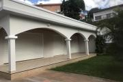 A louer une jolie villa  plein pied F4 dans un quartier résidentiel au Cité Planton