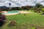 A vendre villa F9  avec piscine à Ambohimanga rova