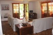 A louer un appartement T4 meublé au RDC dans une résidence bien sécurisée à Ambohinambo Talatamaty
