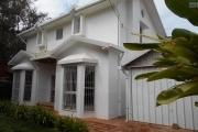 A louer une villa à étage F5 dans une résidence sécurisée à Mandrosoa Ivato