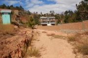 A vendre terrain de 3267 m2 à Ambatobe