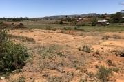 A vendre terrain de 14 000 m2 à Lazaina la JIARAMA  directement sur place