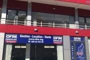 A louer un local de 40m2 dans un immeuble au bord de la route Ambohibao