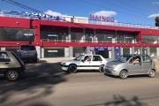 A louer un grand local au RDC d'un immeuble neuf bord de route Ambohibao